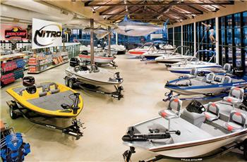 boat showroom33