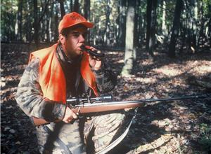 Eight Setups Where a Deer Grunt Call Can Save Your Hunt (video