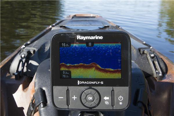 raymarine electronics fish finder