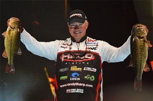 Tharp Leads 2014 Classic Day 1