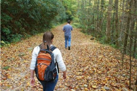 News & Tips: 7 Safety Tips You Need to See Before Your Next Fall Hike...