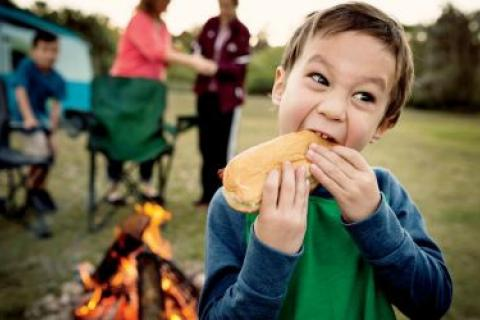 News & Tips: Kid-Friendly Camp Cooking Ideas