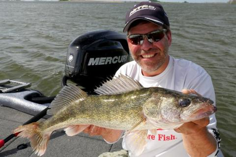 News & Tips: Working up Summer Walleyes