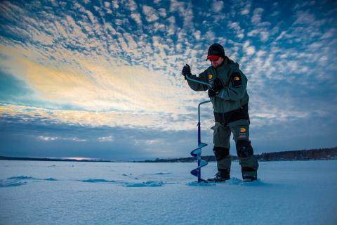 News & Tips: How to Ice Fish for Bluegill with Jigs...
