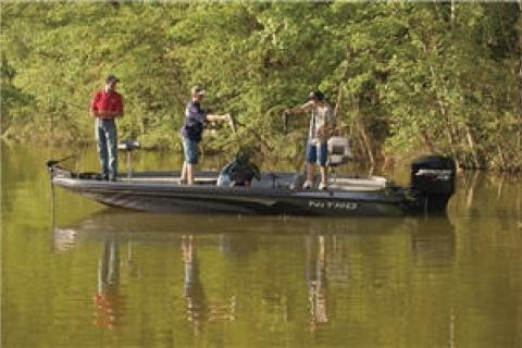News & Tips: 3 Topwater Baits for Early-Summer Fishing...