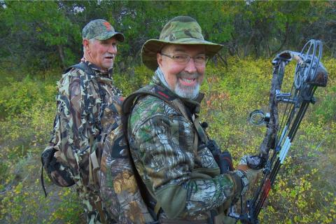 News & Tips: Bow Hunting: Elk Bulls and Whitetail Bucks  (video)...