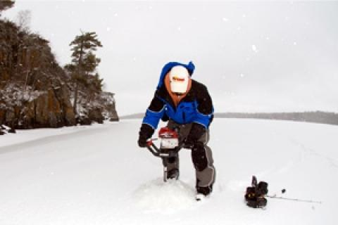 News & Tips: Ice Drilling Tips