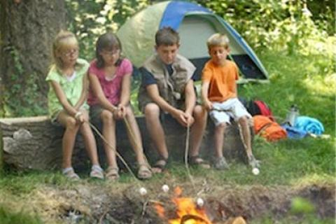 News & Tips: 5 Tips for Camping with Toddlers