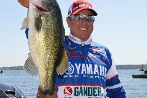 Rohas Leads Toledo Bend Elite by Rohas Leads Toledo Bend Elite...