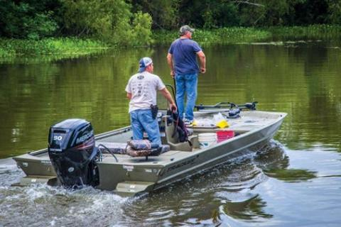 News & Tips: Using the Three-Way Fishing Rig