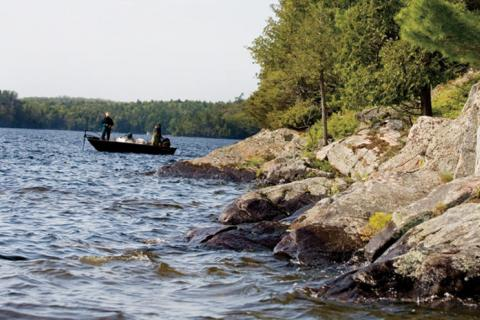 News & Tips: How to Enjoy Fishing in the Wind