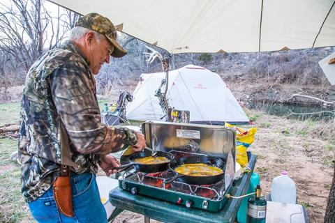 News & Tips: Killer Camp Meals