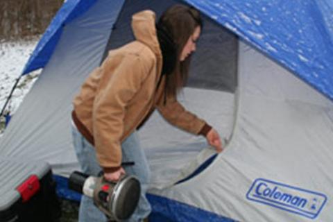 News & Tips: Cold Weather Tent Camping Tips