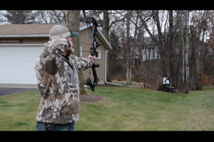 1Source Video: Shoot Your Bow Mid-Season for Confidence In the Stand