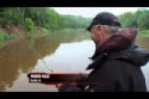1Source Video: Position Your Boat to Catch Fish from Logjams