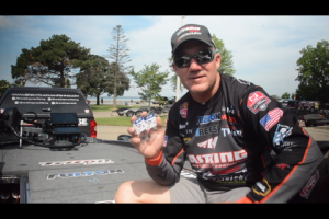 1Source Video: Brent Chapman's Ned Rig Tip