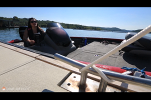 1Source Video: Leaving the Boat Dock in Windy Conditions