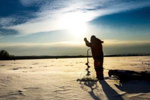 News & Tips: 3 Reasons to Buy a Propane-Powered Ice Auger (video)...