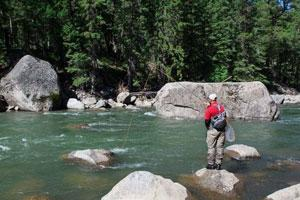 News & Tips: 3 Tips for Managing Fly Line in Rough Waters...