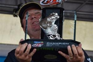 Johnson Wins Kentucky Lake FLW  by Johnson Wins Kentucky Lake FLW ...
