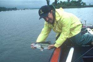 News & Tips: 3 Angling Tactics for Early Season Bass Fishing...