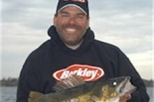 News & Tips: Fluorocarbon Line for Walleye Spinners...