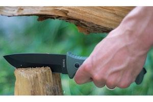 News & Tips: 9 Ways to Use a Knife for Survival