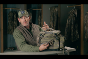 1Source Video: A Feature-Packed Blind Bag for Waterfowl Hunters