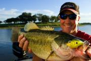 News & Tips: How to Fish for Summer Bass with Crankbaits...